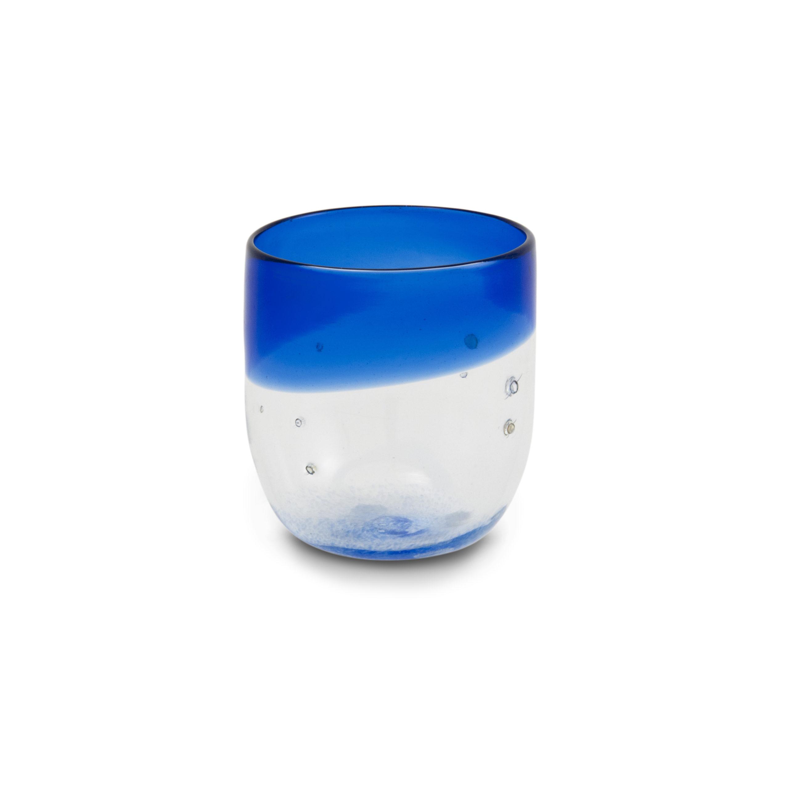 Bicchiere in vetro soffiato blu con pepite d'argento
