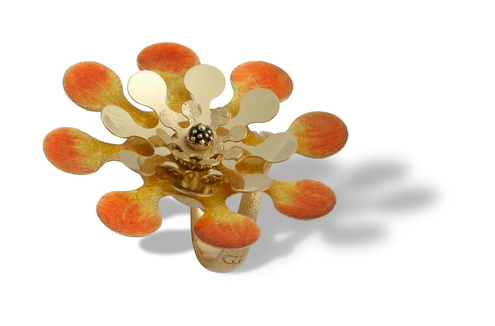 Anello in argento e smalto arancio-giallo